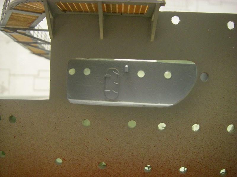 Flugzeugträger Graf Zeppelin 1:100 - Seite 2 Imgp4116