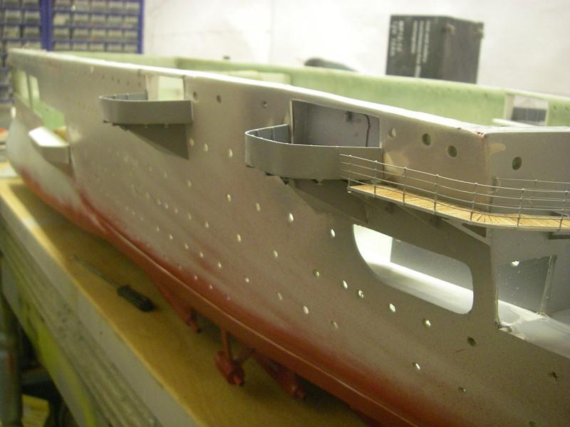 Flugzeugträger Graf Zeppelin 1:100 - Seite 2 Imgp4123