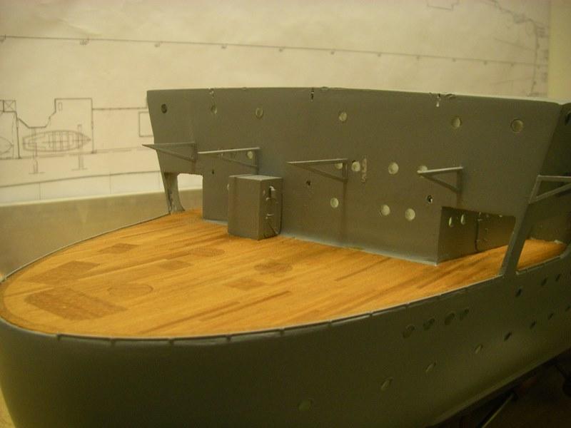 Flugzeugträger Graf Zeppelin 1:100 - Seite 2 Imgp4158