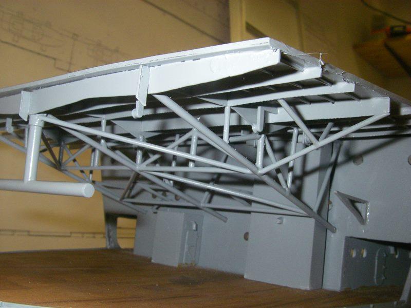 Flugzeugträger Graf Zeppelin 1:100 - Seite 3 Imgp4249