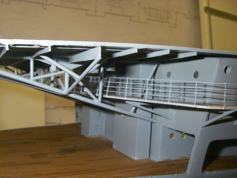 Flugzeugträger Graf Zeppelin 1:100 - Seite 3 Imgp4252