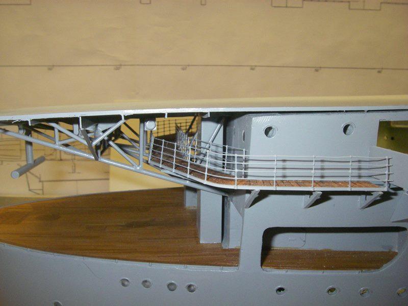 Flugzeugträger Graf Zeppelin 1:100 - Seite 3 Imgp4253