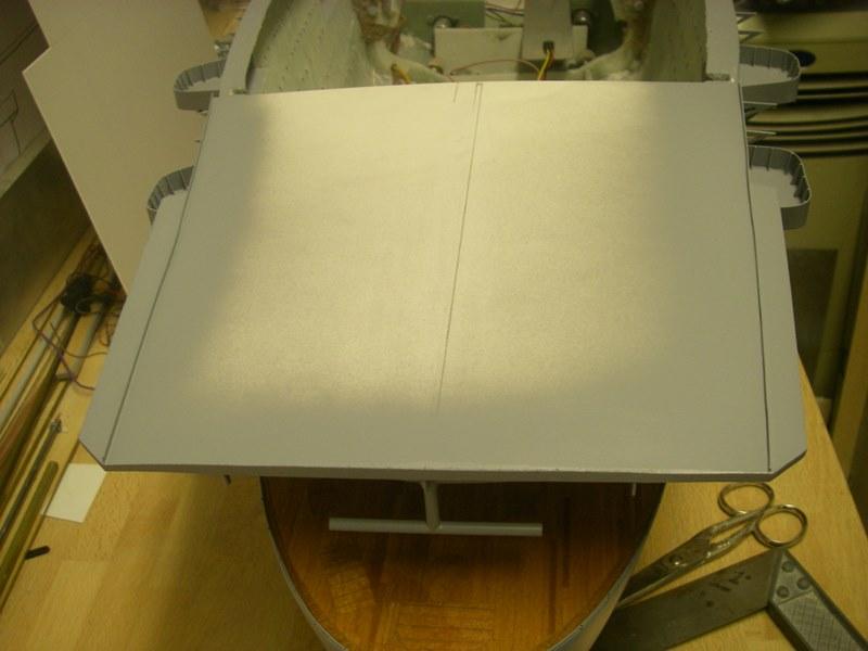 Flugzeugträger Graf Zeppelin 1:100 - Seite 3 Imgp4265