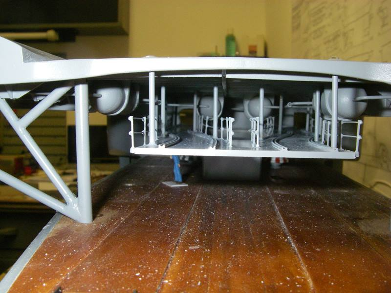 Flugzeugträger Graf Zeppelin 1:100 - Seite 17 Imgp5440