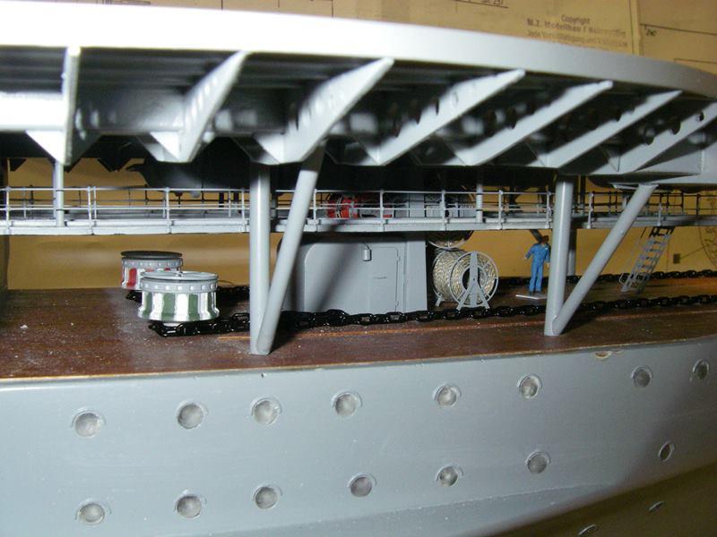 Flugzeugträger Graf Zeppelin 1:100 - Seite 17 Imgp5477