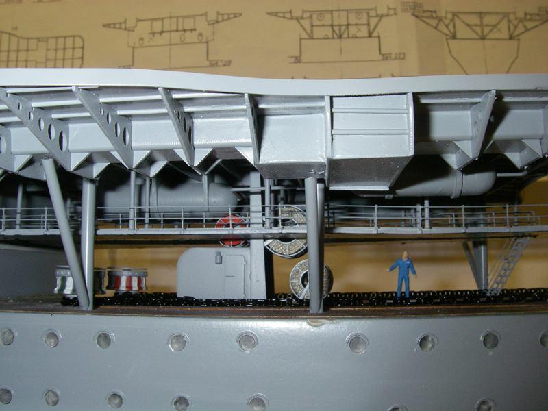 Flugzeugträger Graf Zeppelin 1:100 - Seite 17 Imgp5484