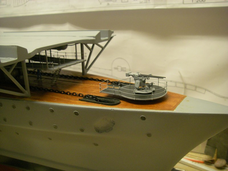 Flugzeugträger Graf Zeppelin 1:100 - Seite 17 Imgp5485