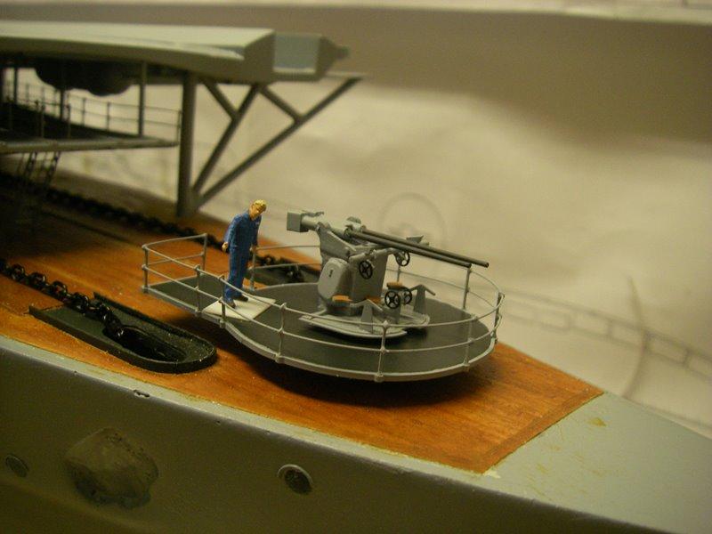Flugzeugträger Graf Zeppelin 1:100 - Seite 17 Imgp5488