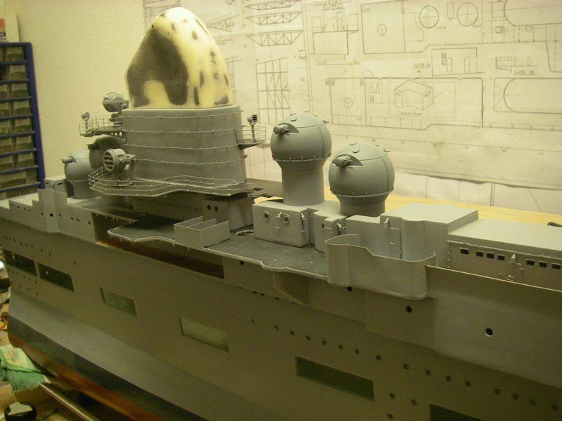 Flugzeugträger Graf Zeppelin 1:100 - Seite 19 Imgp5659