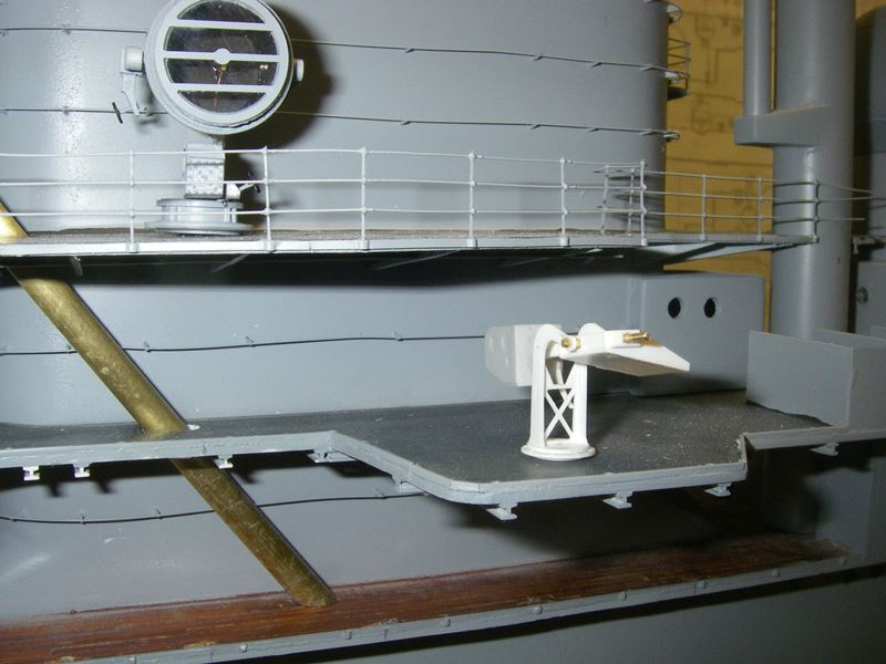 Flugzeugträger Graf Zeppelin 1:100 - Seite 19 Imgp5673