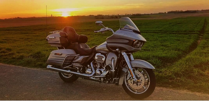 Un de plus : Road Glide Ultra CVO 2016 Rgcvo_10