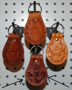 VENDU - Articles en cuir à vendre  Porte_10