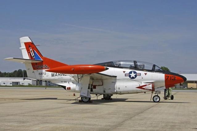 TF-32 de l'école des pilotes de test de la US Navy 10d5c810