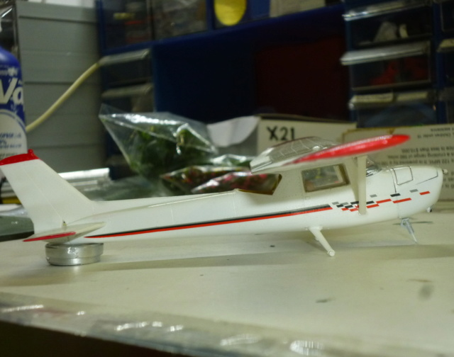 Avions civils, 1/48 C150-510