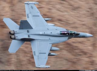 CHALLENGE F-18 Ef-18_12