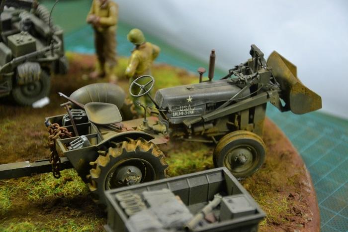 tracteur us avec rouleau compresseur Dsc_0170