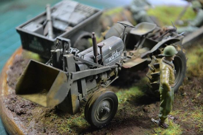 tracteur us avec rouleau compresseur Dsc_0172