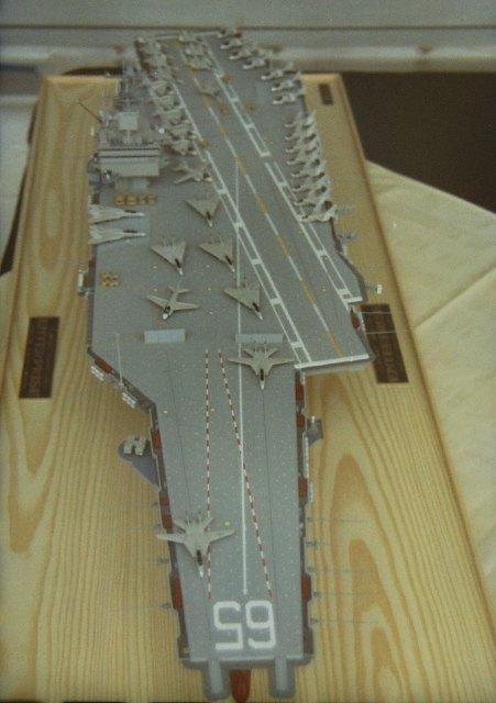 USS Enterprise (CVN65) von Tamiya 1:350  Pict0014