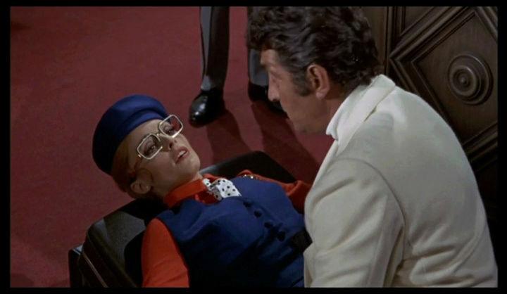"helm - Matt Helm règle son ""comte"". The Wrecking Crew. 1968.  Phil Karlson. Vlcsna62"