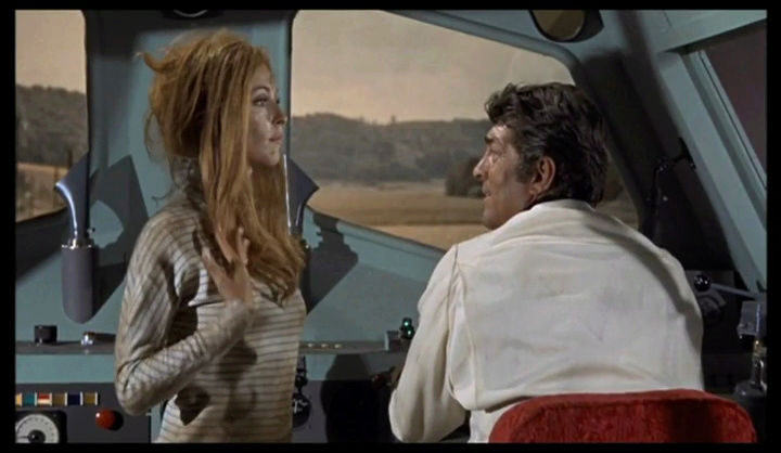 "helm - Matt Helm règle son ""comte"". The Wrecking Crew. 1968.  Phil Karlson. Vlcsna64"