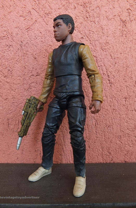 Anyone going to collect the 6 inch Black Series figures? - Page 3 Finn_j11