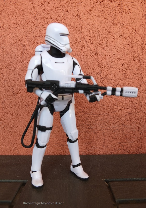 Anyone going to collect the 6 inch Black Series figures? - Page 3 First_12