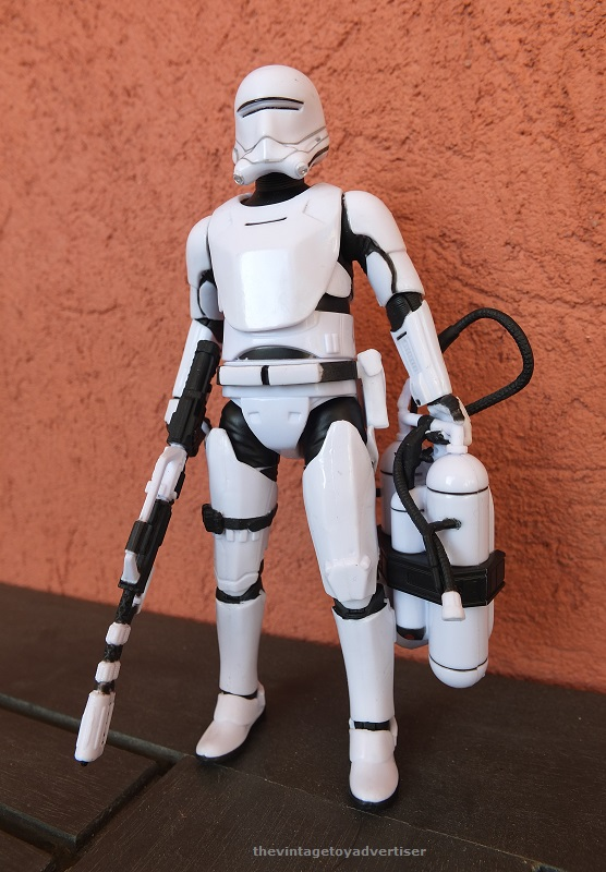 Anyone going to collect the 6 inch Black Series figures? - Page 3 First_13