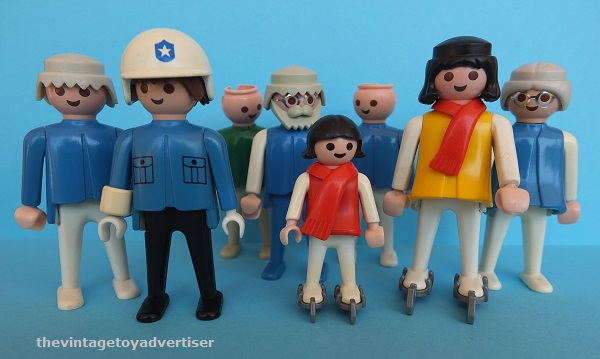 Does anyone else collect Playmobil? Playmo18