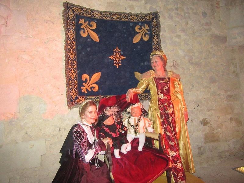 Bal Renaissance au Château de Montmirail, les photos - Page 2 Img_3511