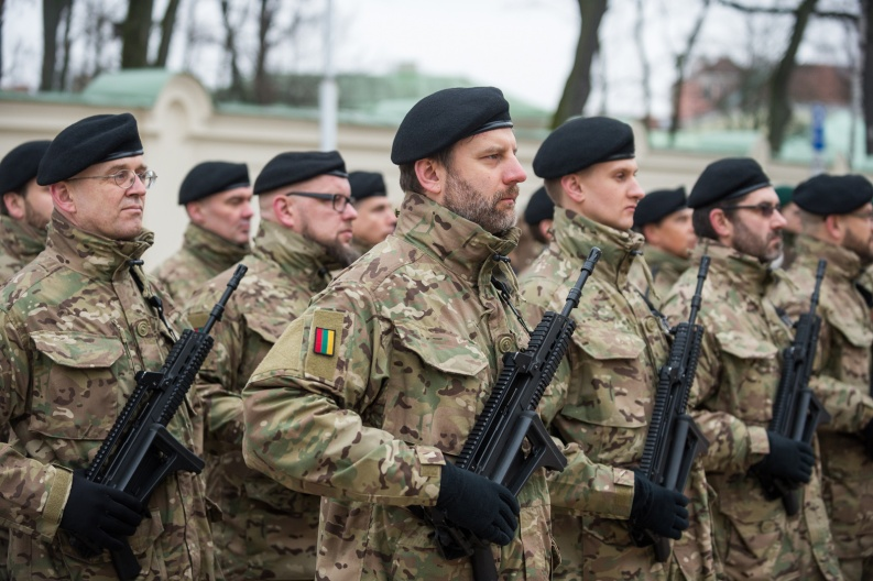 Lithuanian military and paramilitary berets S10