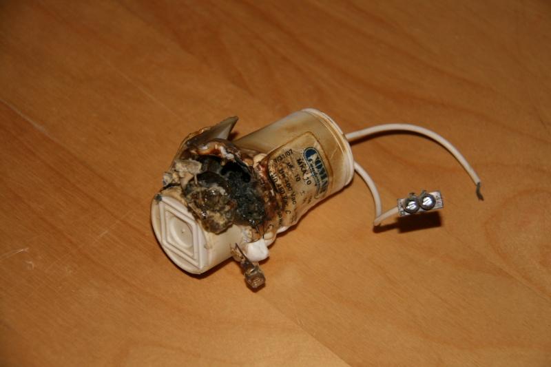 pompe Filwat condensateur cramé et pas d'entrainement  Img_2310
