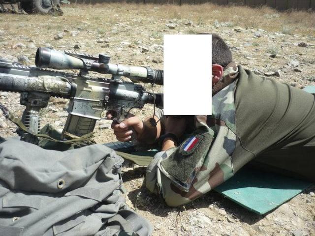 Camouflage de l'armement Afg_1214