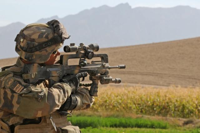 Camouflage de l'armement Afg_5011