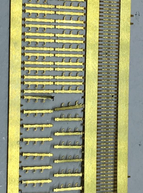 USS ARIZONA 1/200 TRUMPETER - Page 2 Img_3611