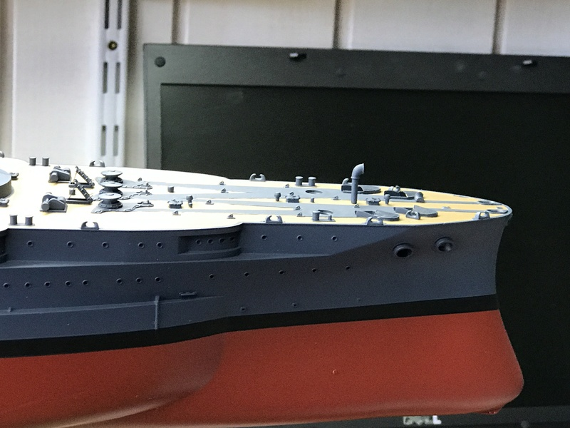 USS ARIZONA 1/200 TRUMPETER - Page 3 Img_3732