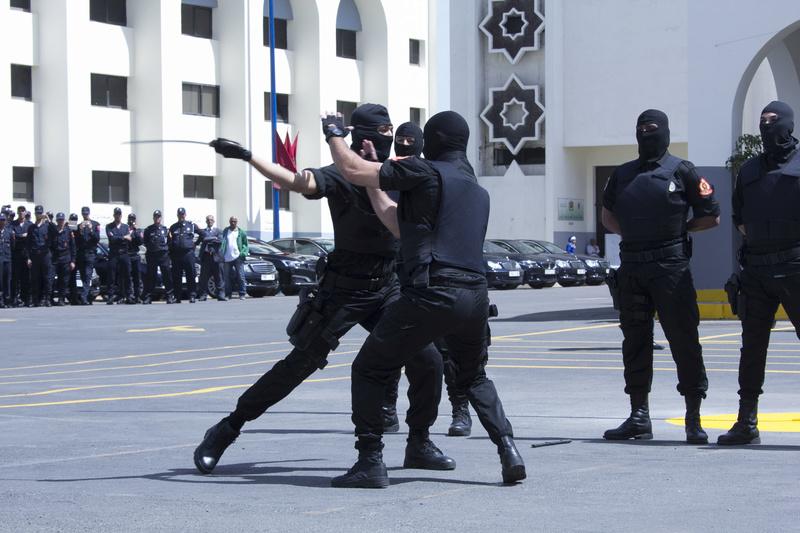 Moroccan Special Forces/Forces spéciales marocaines  :Videos et Photos : BCIJ, Gendarmerie Royale ,  - Page 10 Police11