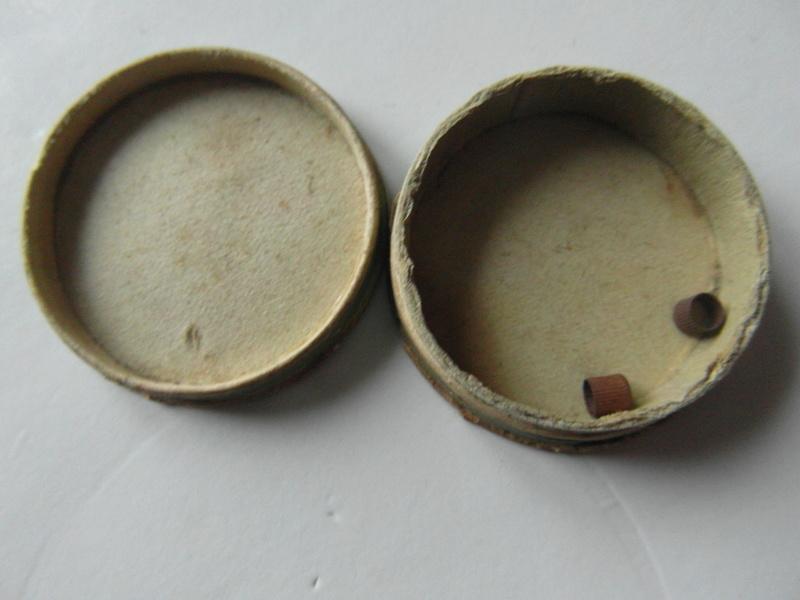 Boite carton pour amorces Sam_6872