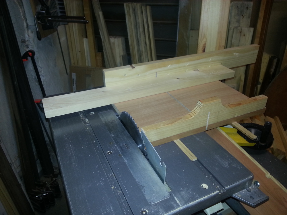 Un traineau de scie (table saw sled) 20131212