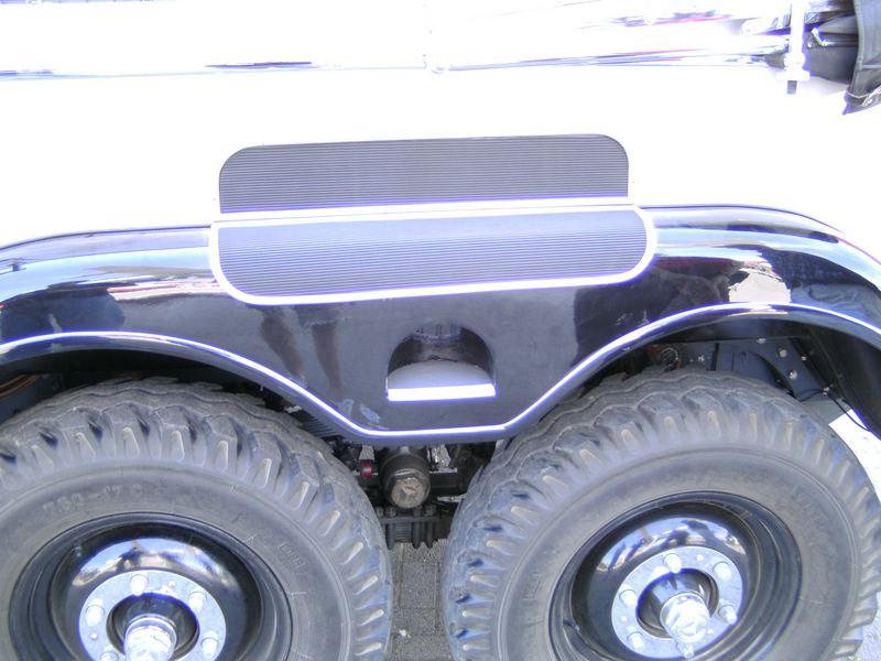 Mercedes G4 in 1:24 von ICM Kiew von plastikhobbit Comp_p18