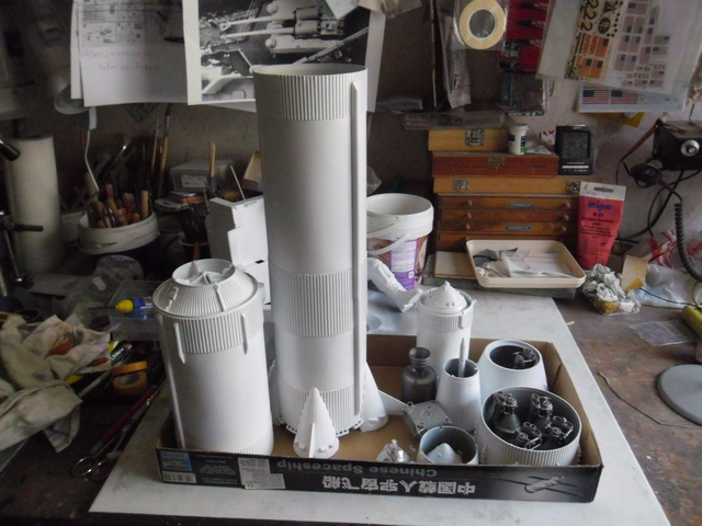 Saturn V in 1:96. Renovierung und Umbau zum Skylabträger. Teil 1 Sam_3127