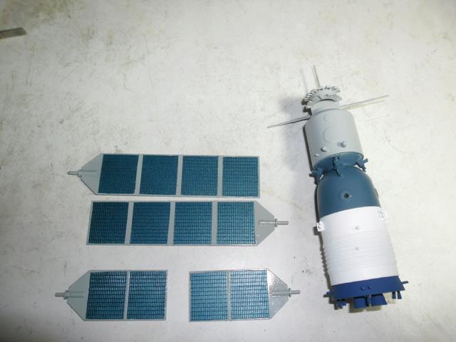 Chinese Spaceship von Trumpeter in 1:72. Baubericht. Sam_3515