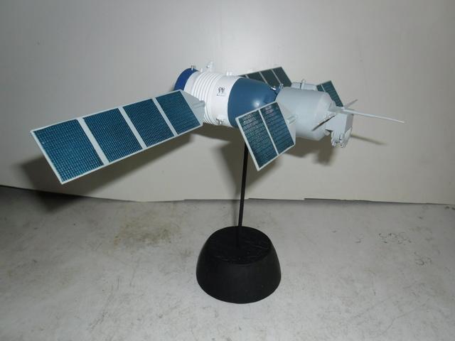 Chinese Spaceship von Trumpeter in 1:72. Baubericht. Sam_3517