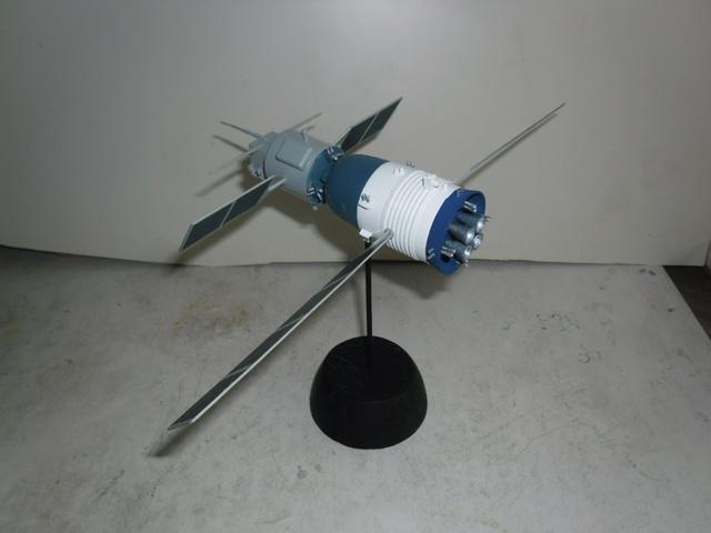 Chinese Spaceship von Trumpeter in 1:72. Baubericht. Sam_3518