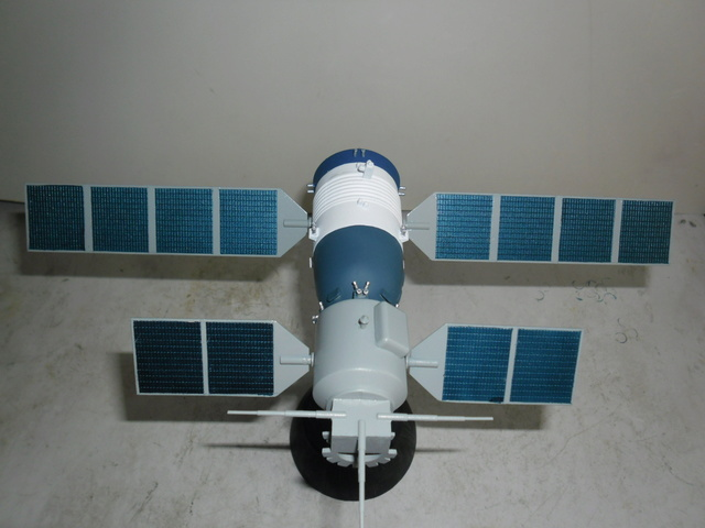 Chinese Spaceship von Trumpeter in 1:72. Baubericht. Sam_3519