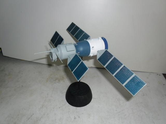 Chinese Spaceship von Trumpeter in 1:72. Baubericht. Sam_3522