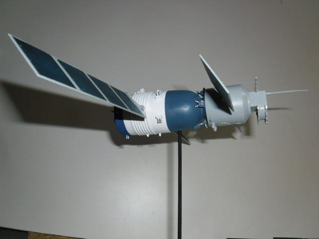 Chinese Spaceship von Trumpeter in 1:72. Baubericht. Sam_3524