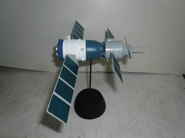 Chinese Spaceship von Trumpeter in 1:72. Baubericht. Sam_3525