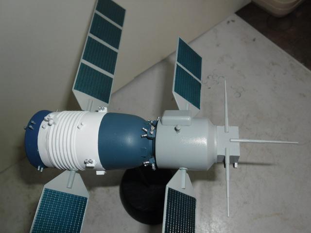 Chinese Spaceship von Trumpeter in 1:72. Baubericht. Sam_3529