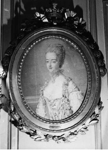 Portraits de Marie-Antoinette par et d'après François-Hubert Drouais Captur35