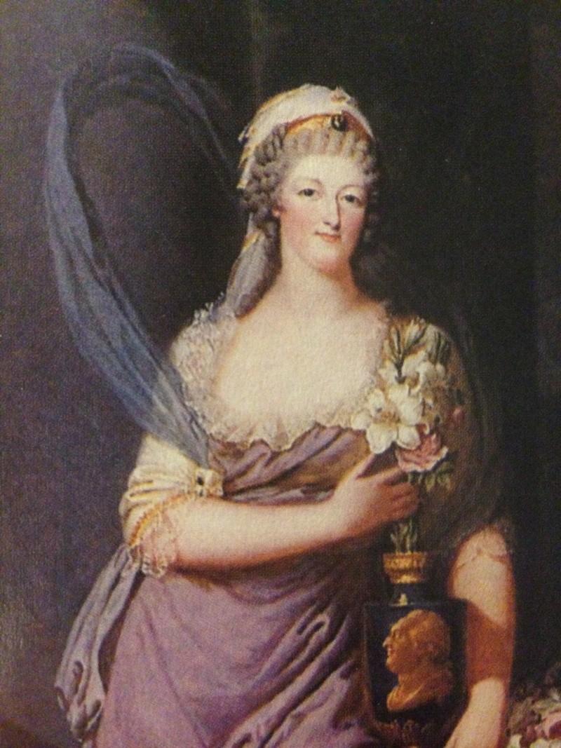 Portraits de Marie-Antoinette costumée à l'antique, ou en vestale, par et d'après F. Dumont  Img_0314